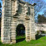 porte de l'ancien chateau